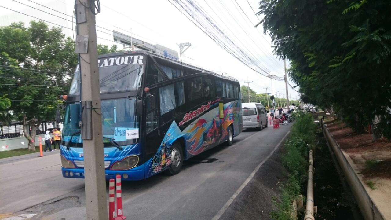 タイのバス2