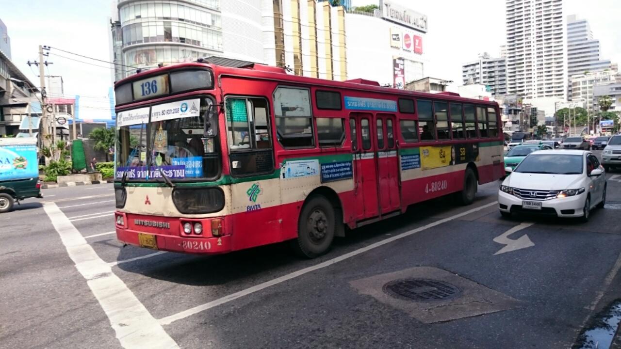 タイのバス3